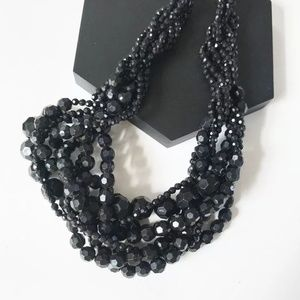 📿 Necklace Black Beads